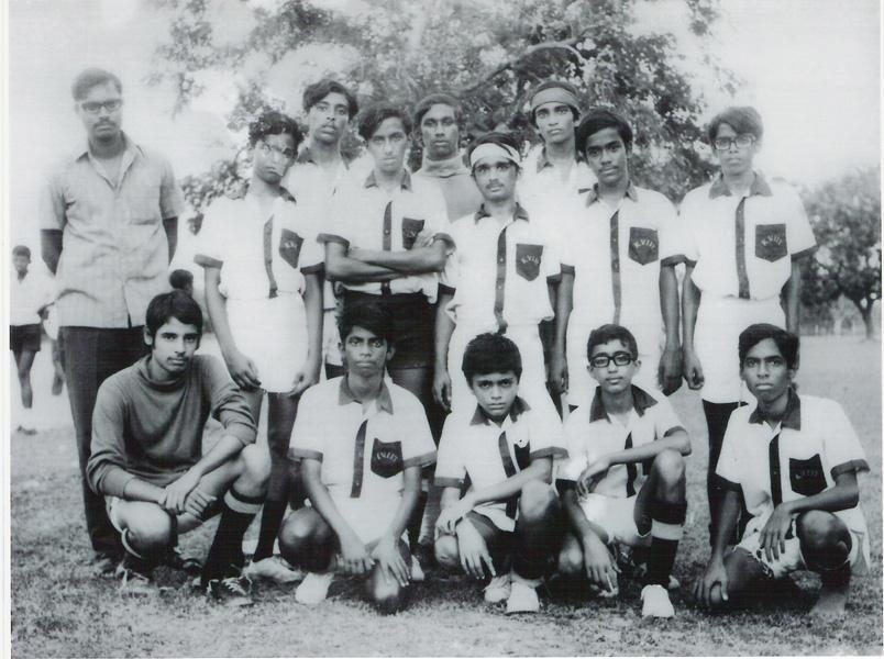 kuria-74-or-75-hockey-team