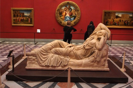 Sleeping Ariadne, Michelangelo's 'Doni Tondo'