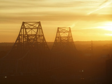 The MLK bridge across the Mississippi at dawn