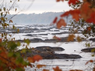 Low waters on the Potomac
